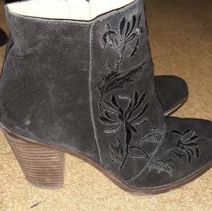 Lucky brand size 7 1/2 high heels